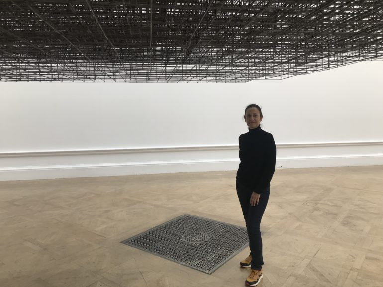 "Marianne Dollo dans l'Oeuvre ""Matrix"" d'Anthony GROMLEY"
