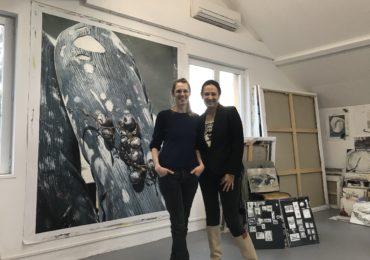 Marianne en visite à l'atelier de Mireille